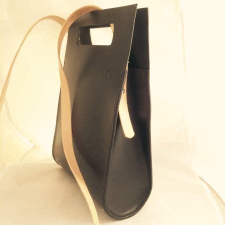 Thyra håndsyet sort kernelædertaske fra Det Lille Læderi 11