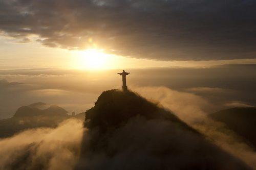 UNIŢI-VĂ CU PUTEREA LUI DUMNEZEU-aveţi încredere în Legile Sale