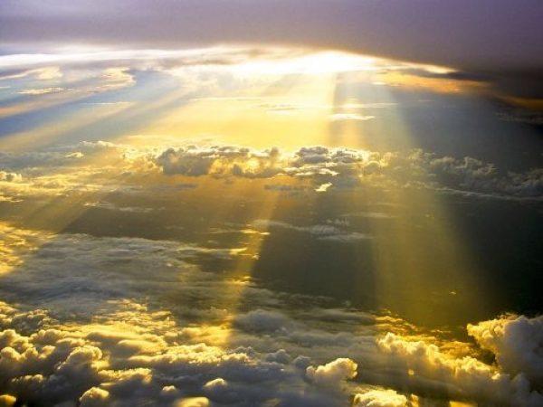 Lumina, semnificatie cabalistica - lumina este izvorul vieţii