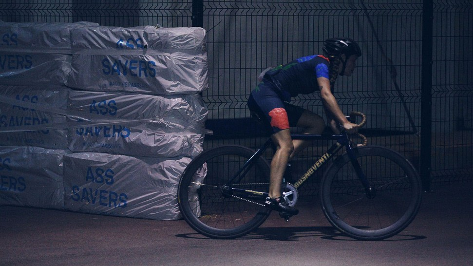 Charlotte-Warsaw-Cycling-Red-Hook-Crit