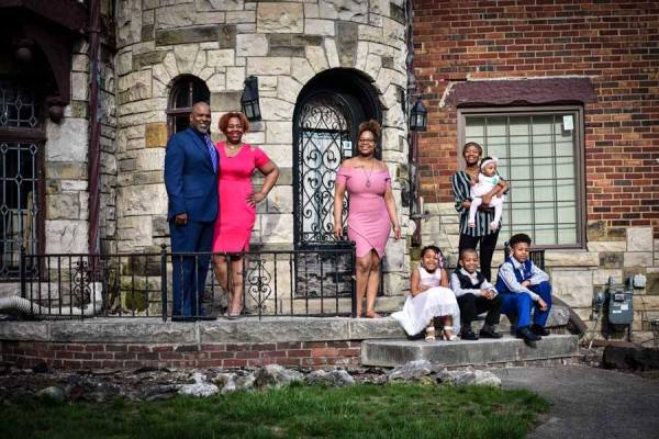 Pope family participates in #frontporchproject photo shoot.