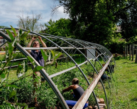 voluteer day at feedom freedom farm in detroit after floods