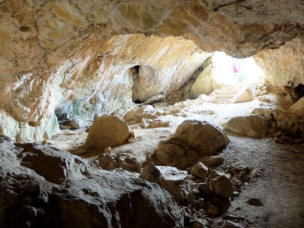 grotte-chateaux-lastours_blog detours du monde