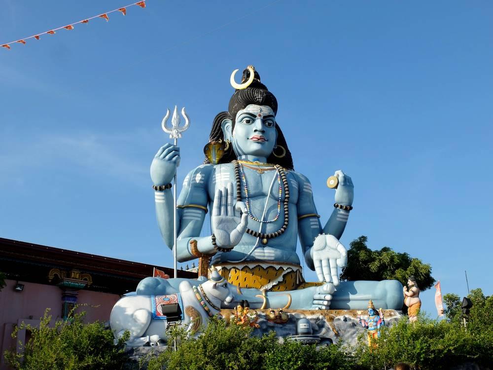trincomalee shiva statue