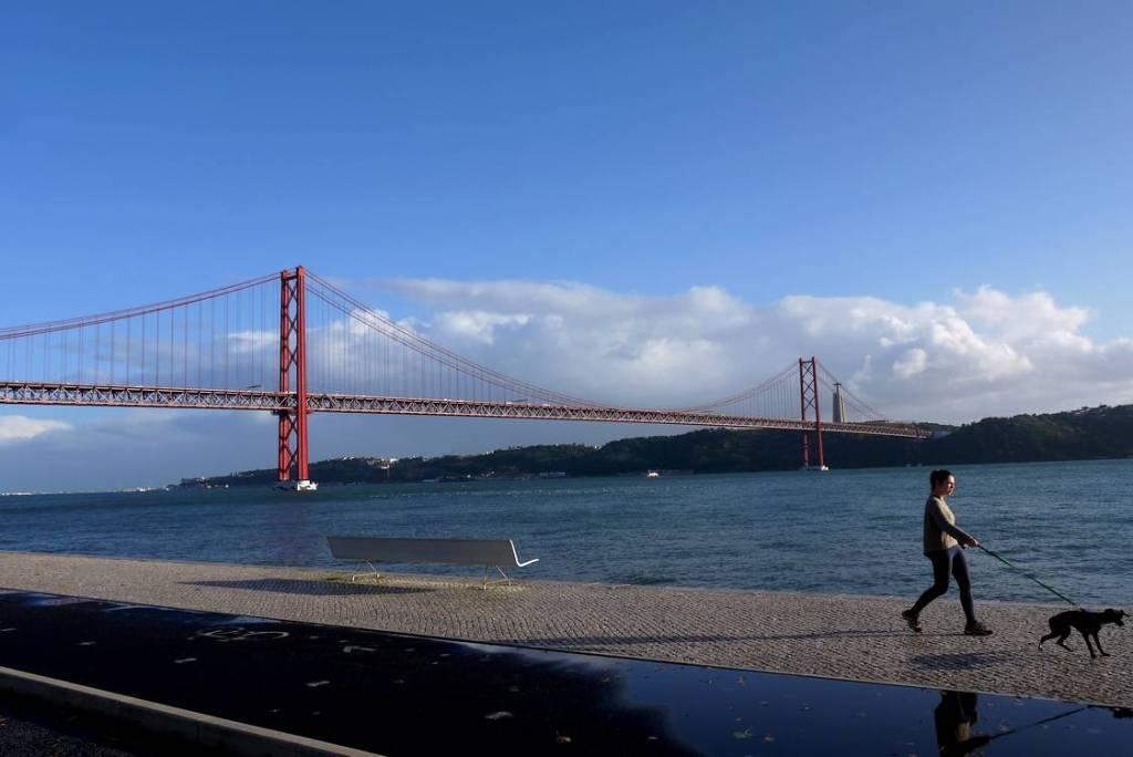 ponte 25 abril lisboa
