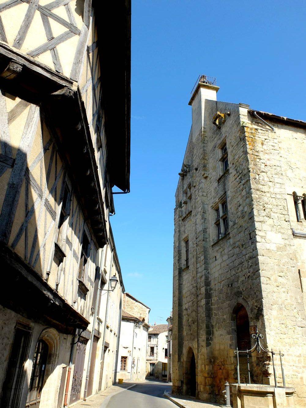 la reole cite medievale