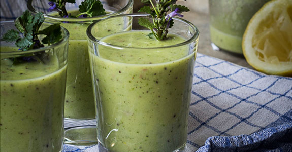 Green Smoothie with Wild Herbs