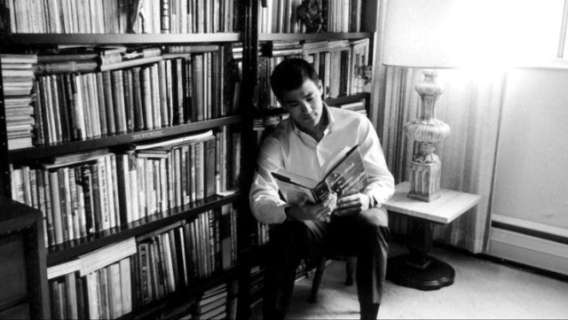 Bruce Lee was an Avid Reader. And you should be one, too!
