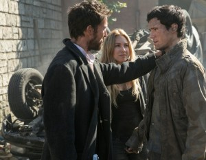 Noah-Wyle-Sarah-Carter-and-Drew-Roy-in-FALLING-SKIES-Episode-3.04-At-All-Costs