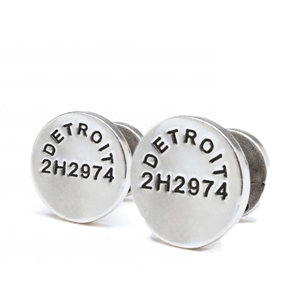 Caliber-Cuff-Links-detail