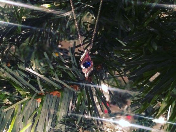 sapphire pendant tree