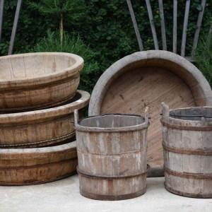 Round Wood Barrels
