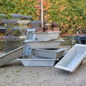 rolled-edge-galvanized-bins