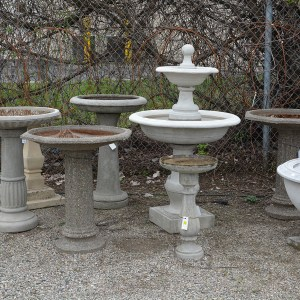 Collection Birdbaths