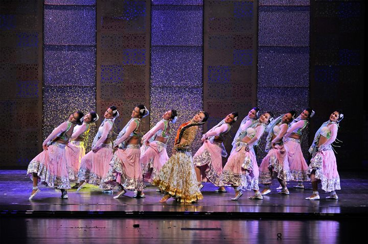 Taj Express: Bollywood Musical Review 6