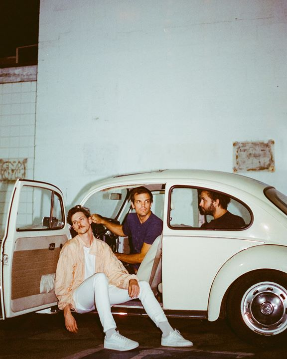 Houndmouth/ Frederick the Younger 4/12 at El Club 6