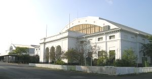 THE FAIRGROUNDS COLISEUM. PHOTO BY ANDREW JAMESON - OWN WORK, COMMONS.WIKIMEDIA.ORG