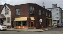 Mudgie's Deli & Wine Shop