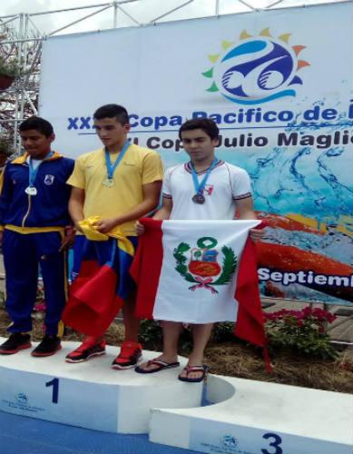 seleccion-de-natacion-consigue-12-medallas-en-la-copa-pacifico-en-colombia