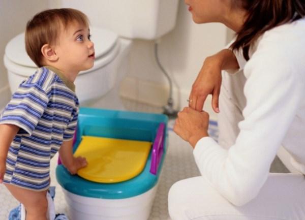 Запор у ребенка: нужно ли лечить и как помочь малышу?
