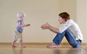 Развитие прямой походки у ребенка