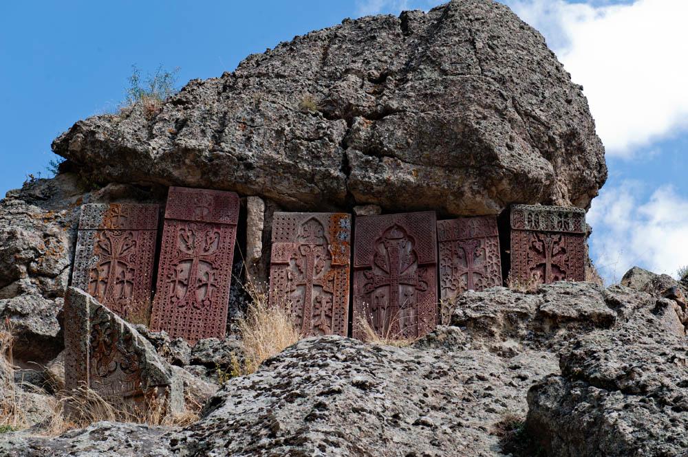 geghard armenia khachkarer2