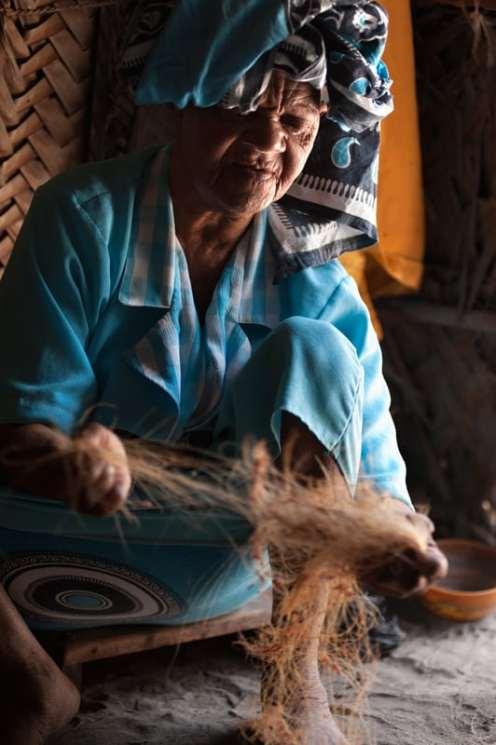 Zahara demonstrerte teknikken med å lage kokostau.