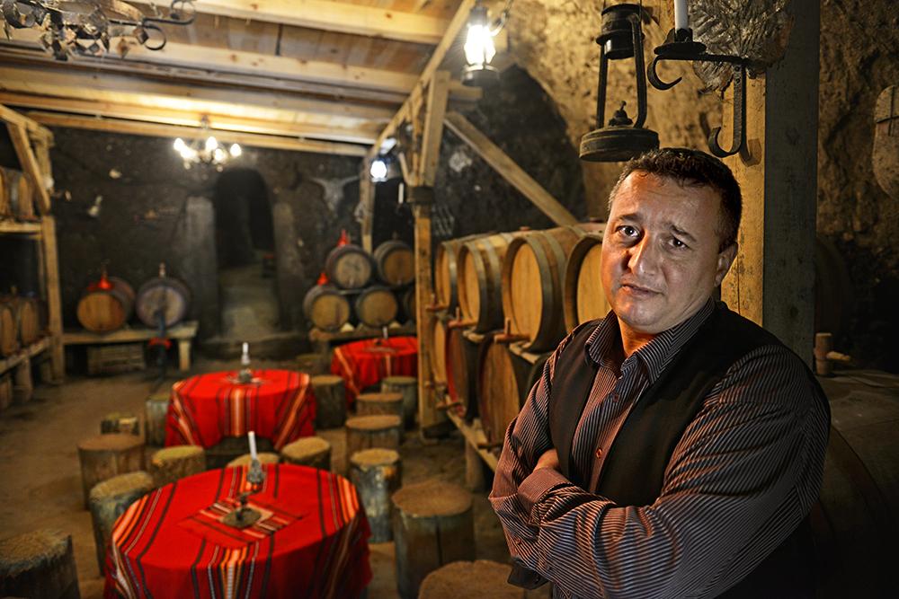 Melnik, vinsmaking, vinkjeller, Bulgaria