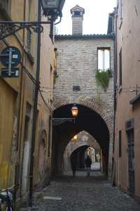 Gate og portal i Ravenna gamleby