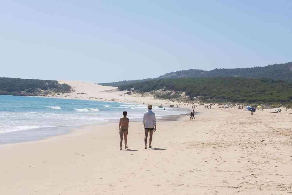 Lyskysten har noen av de fineste strender i Spania, som Playa de Bolonia