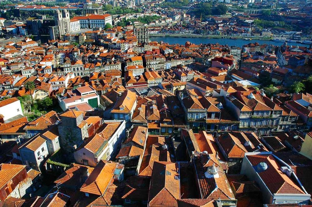 Utsikt over Porto fra Torre de Clerigos
