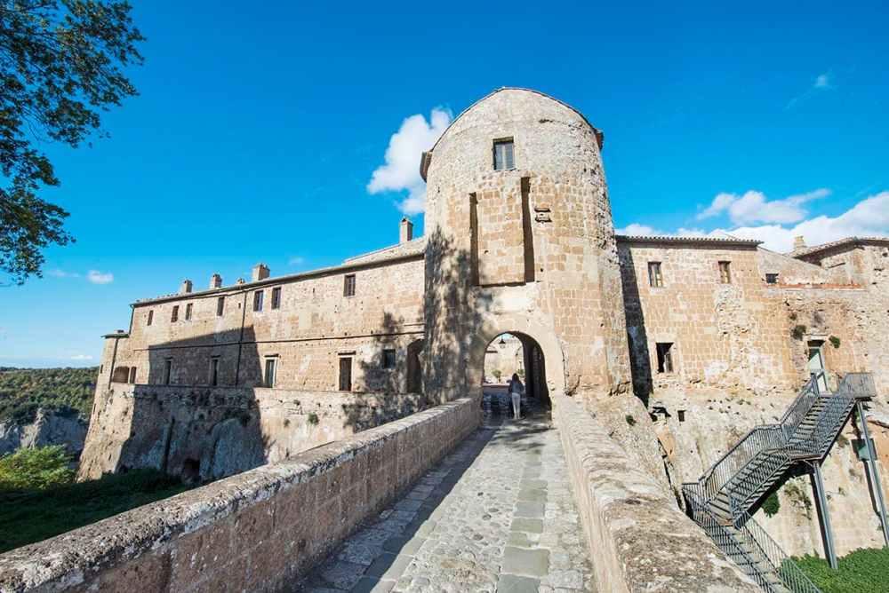 Orsini-borgen i Sorano i Toscana
