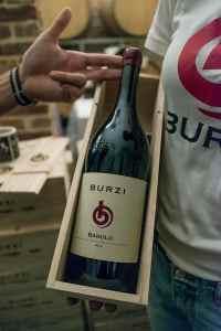 Burzi-flaske med etikett