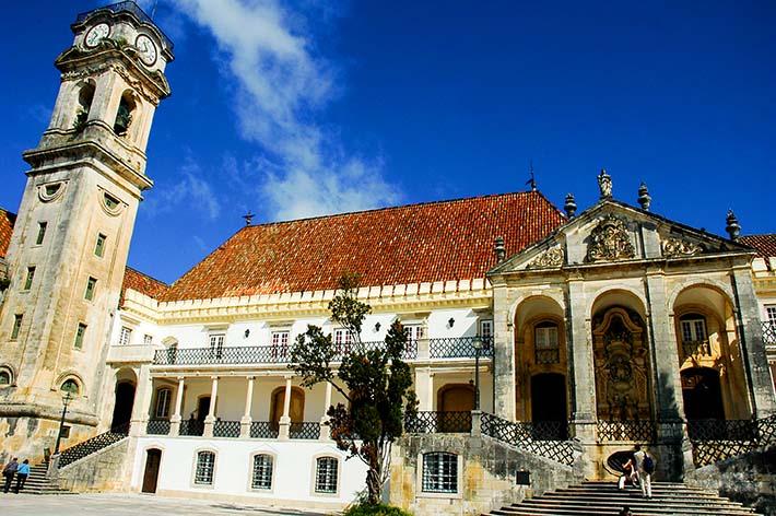 Universitetet i Coimbra sett utenfra