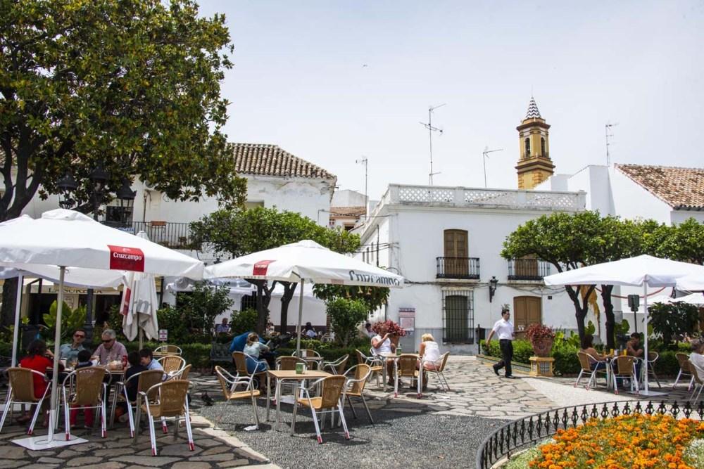 Uterestaurant på Plaza de las Flores i Estepona