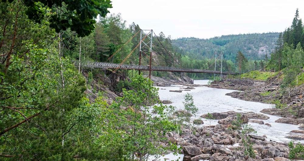 Tømmerrenne-bro over Otra i Vennesla