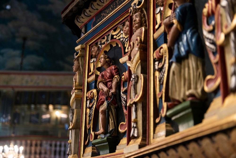 detalj på prekestolen i Risør kirke