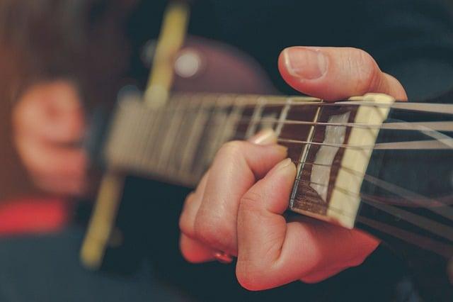 Como aprender violão