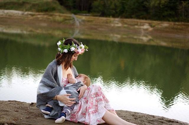 Tudo sobre amamentação para deixar você tranquila em qualquer ambiente que estiver com seu bebê