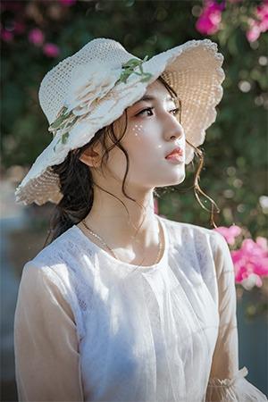 Quando e como é realmente elegante a mulher usar chapéu