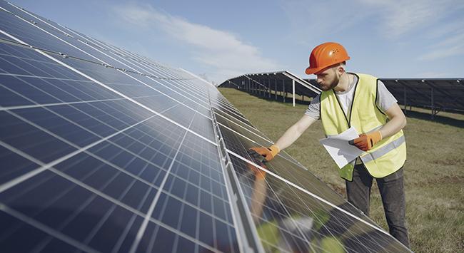 Energia solar para economizar e lucrar