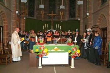 Carnavalsmis in St Hubertuskerk te Ooij