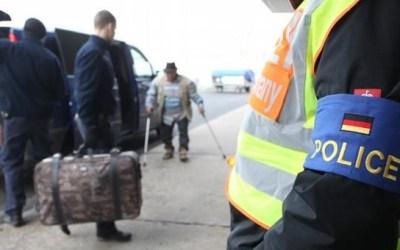ألمانيا : الكشف عن عدد اللاجئين المرفوضين الذين غادروا البلاد منذ بداية 2017