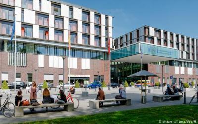 ألمانيا : خبير سياحة علاجية يكشف كواليس القطاع و الدخل الهائل الذي يساهم فيه مرضى عرب