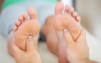 ما هي القدم السكرية وكيف تتجنب الإصابة بها وبالتالي تتجنب بتر القدم؟
