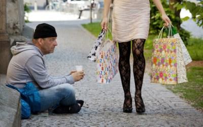 """قرابة ١٤ مليون """"فقير"""" في البلاد .. متى يُعتبر المرء فقيراً في ألمانيا؟"""