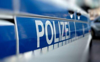ألمانيا : الشرطة تطلب المساعدة في العثور على رجل و امرأة طلبا من الأجانب مغادرة قطار و اعتديا على رجل عربي