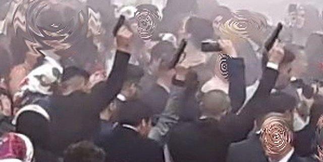 ألمانيا : مسدسات و شتائم و قطع للطرقات .. مسؤولو ولاية ينتقدون حفلات زفاف جنونية لذوي خلفية مهاجرة