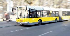 ألمانيا : عنصري يهين سائقة و سائق حافلتي نقل عمومي في برلين