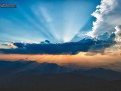 sonne hinter den wolken sonnenstrahlen berge 196473 - Sonne hinter den Wolken